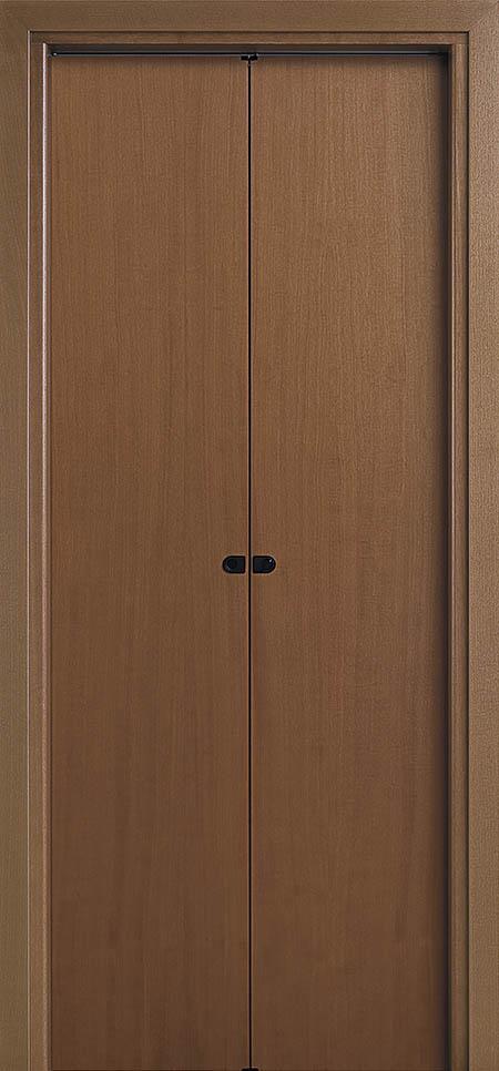 דלת מתקפלת 50/50 מתאימה לחללים קטנים בהם לא ניתן לשים דלת כנפית רגילה, מתאים לפתחים עד רוחב 100 ס