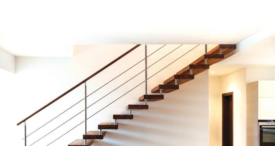 מדרגות-עץ-צפות